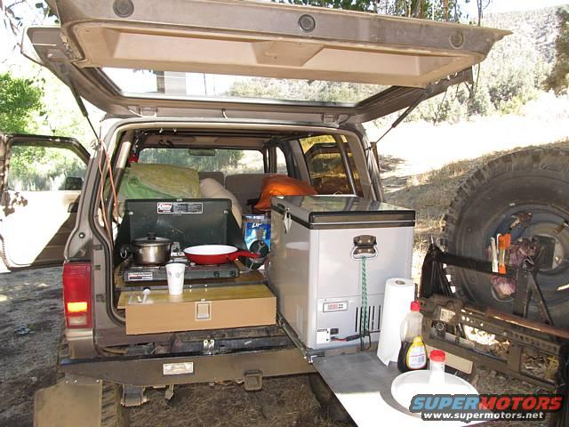 how to set up a hard lid ute for camping