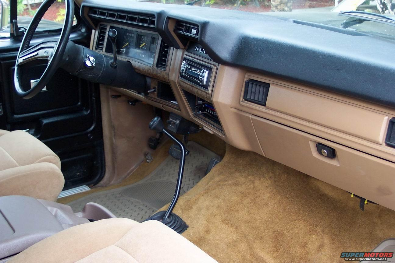 Exterior 54660636 further 1992 Ford Orion Overview C11241 further 1287990 Custom 1987 1991 Interiors furthermore 246338 1 together with 1979 Ford Bronco Pictures C3786 pi36614539. on 1989 ford bronco ii
