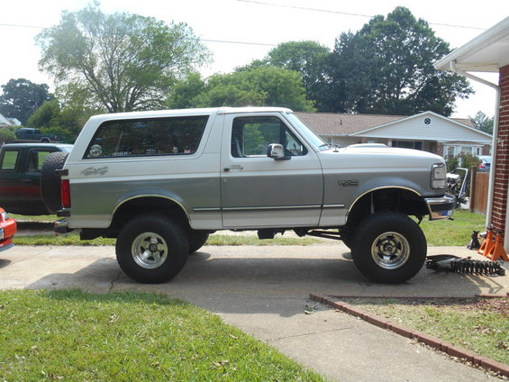 1994 Ford Bronco Four Inch Lift With Deaver Springs