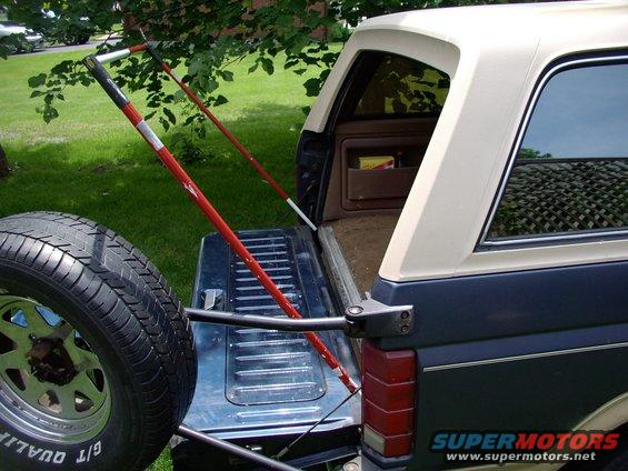 Without the traditional flip up c&er lid thereu0027s nothing & 1986 Ford Bronco Tailgate Tent picture | SuperMotors.net