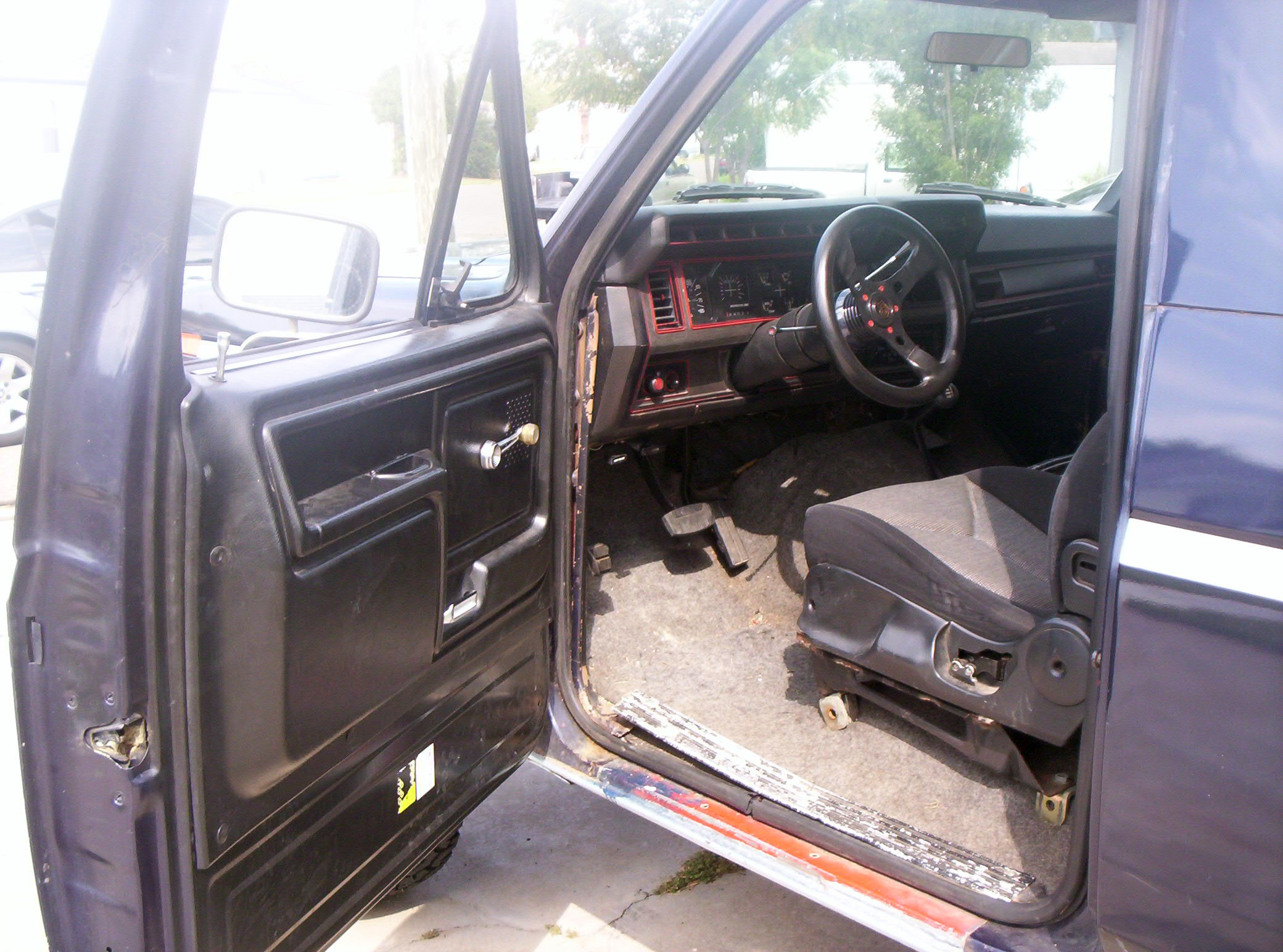 1996 Ford Bronco Custom Interior Pictures To Pin On Pinterest Pinsdaddy