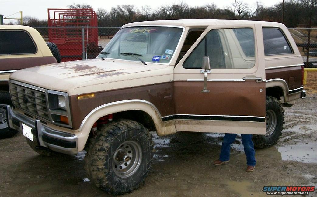 ... -bronco-12806.jpg | Hits: 2071 | Posted on: 1/29/06| View Low-Res
