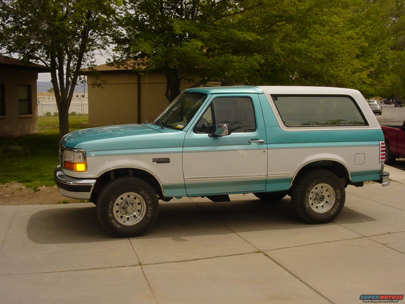 1995 Ford Bronco Bronco PIX picture | SuperMotors.net