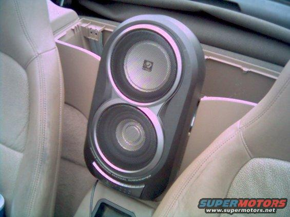 """kscwa62rc.jpg Kenwood KSC-WA62RC uses a 30w X 2 powered 5-1/4"""" woofer and a 6-1/2"""" passive radiator. it looks similar to the factory offering in later model year Z3's"""