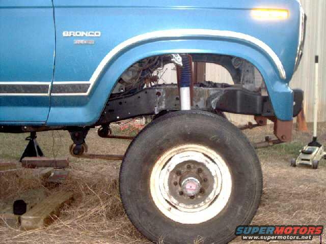 leaf springs in front? - 80-96 Ford Bronco - 66-96 Ford
