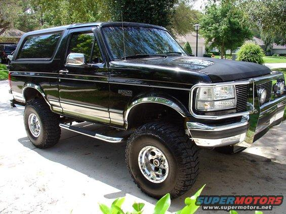 ford bronco front of engine  ford  free engine image for