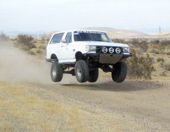 share your ttb jumping experiences page 2 ford bronco forum rh fullsizebronco com Ford Bronco II Old Ford Bronco