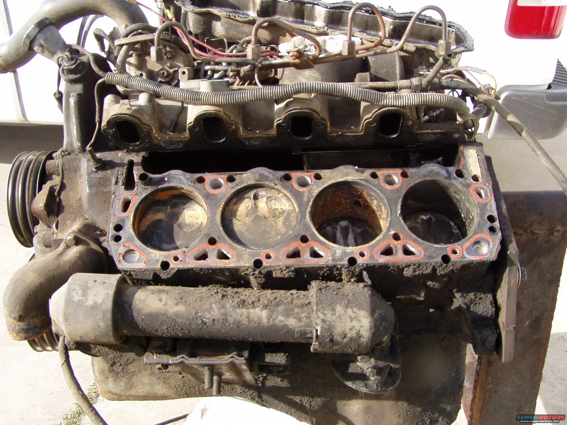 .com/around-the-camp-fire/7-3-powerstroke-with-blown-head-gaskets