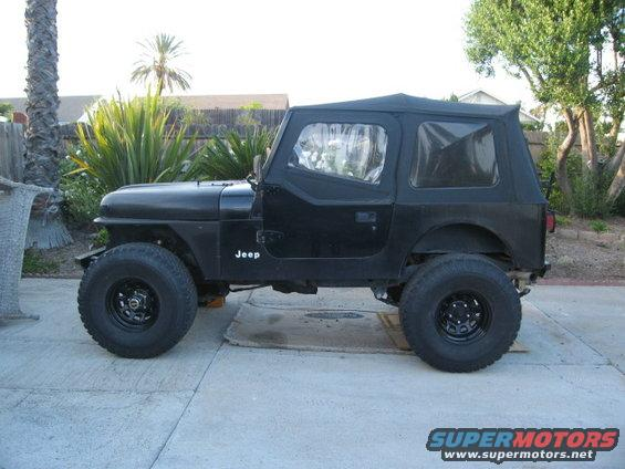 I have a 1985 CJ7 with YJ doors & CJ7 doors on a YJ? - Pirate4x4.Com : 4x4 and Off-Road Forum