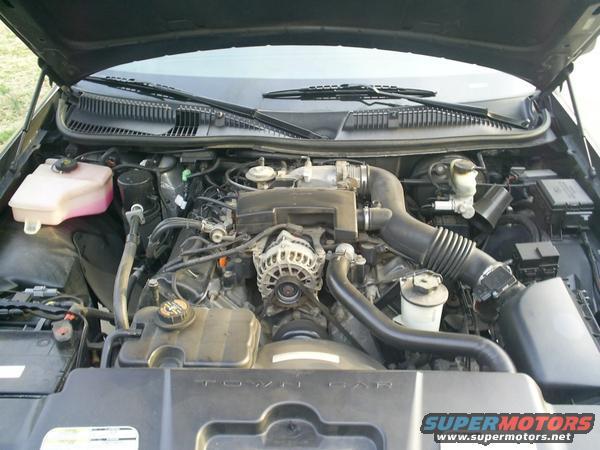 1998 lincoln town car engine bay picture