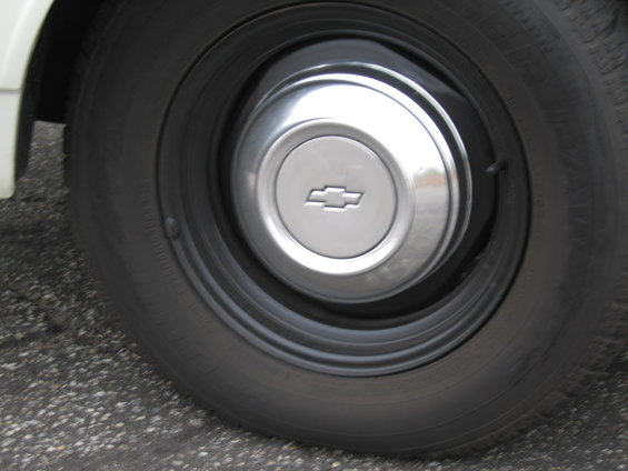 Dog Dish Hubcaps On Truck or Vette Rallys? Pic-142