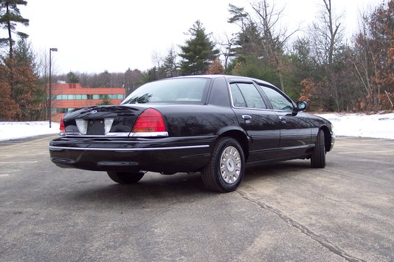 2003 Ford Crown Victoria Police Package 6000