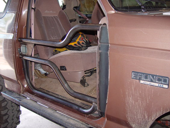 Hf tube doors ford bronco forum for 05 f150 door panel removal