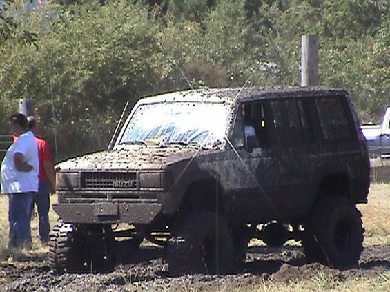 2003-sutherlin-blackberry-festival--mud-drags.jpg