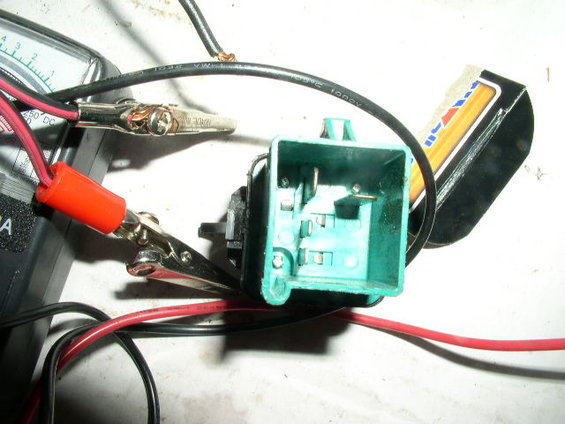 Pump besides Fuel Pump Relay as well Hqdefault likewise Relay furthermore C C. on 1990 ford bronco fuel pump relay location