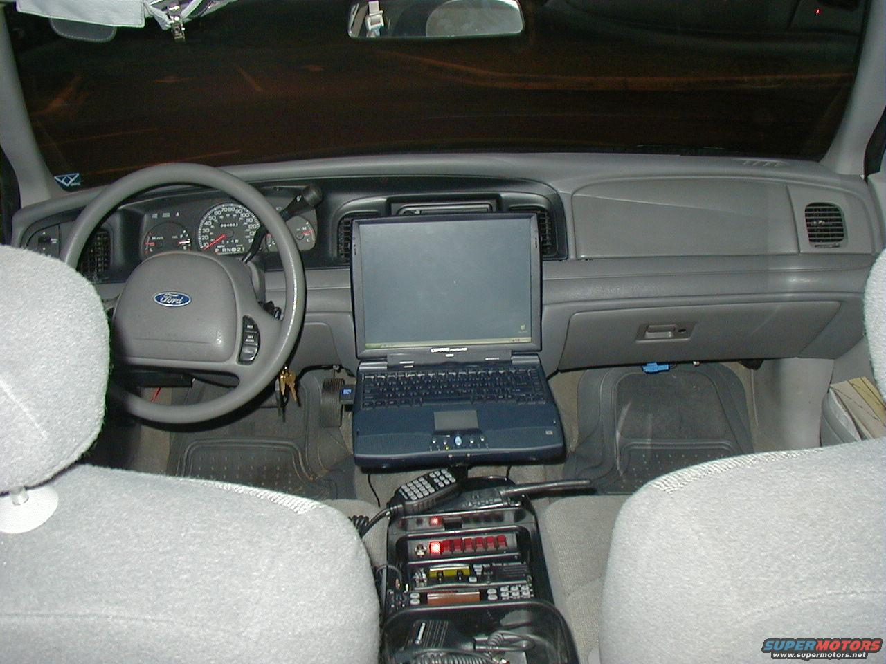 2001 Ford Crown Victoria Interior picture | SuperMotors.net