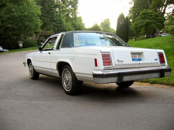 1985 Ford Crown Victoria LTD 85 Crown Victoria 2-Door ...