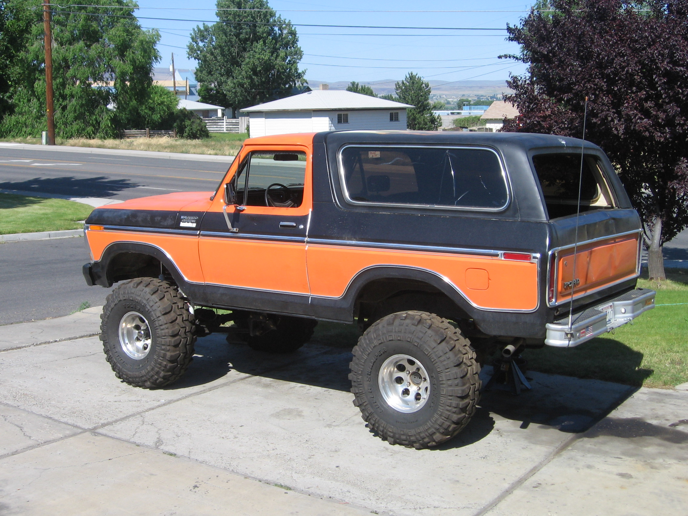 """Lifted 1979 Ford Bronco >> 1979 Ford Bronco JBG Superflex 6"""" lift picture 