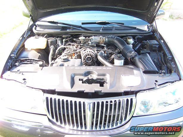 1998 Lincoln Town Car Engine Bay Picture Supermotors Net