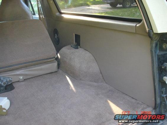 1995 ford bronco rear cargo interior panels pictures videos and sounds for Ford cargo van interior panels