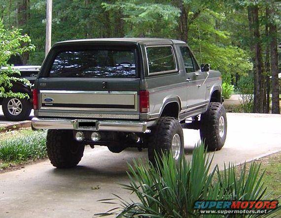 How To Tire Size >> 1986 Ford Bronco Spare Tire Carrier picture | SuperMotors.net